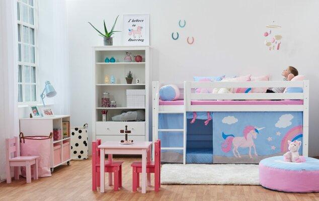 Halvt mellem højde og hygge - Halvt mellem højde og hygge   Læs om den halvhøje om mellemhøje seng her!