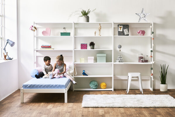 Decorating with STOREY - The flexible shelves  -