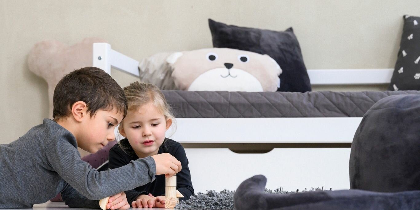 BASIC children's beds from Hoppekids